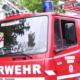 Ein Feuerwehrauto bei einem Einsatz.